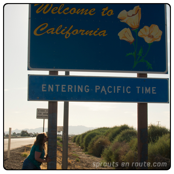 Kissing california state sign